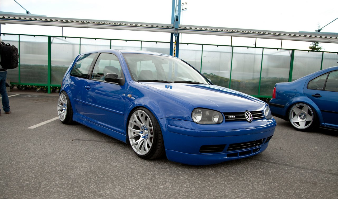 Koomik:  Golf Mk4 GTi Jazz Blue IMG_22756-1_rz